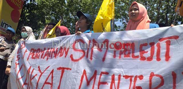 Diduga Ada Calo SIM di Tuban, PMII Datangi Markas Polisi